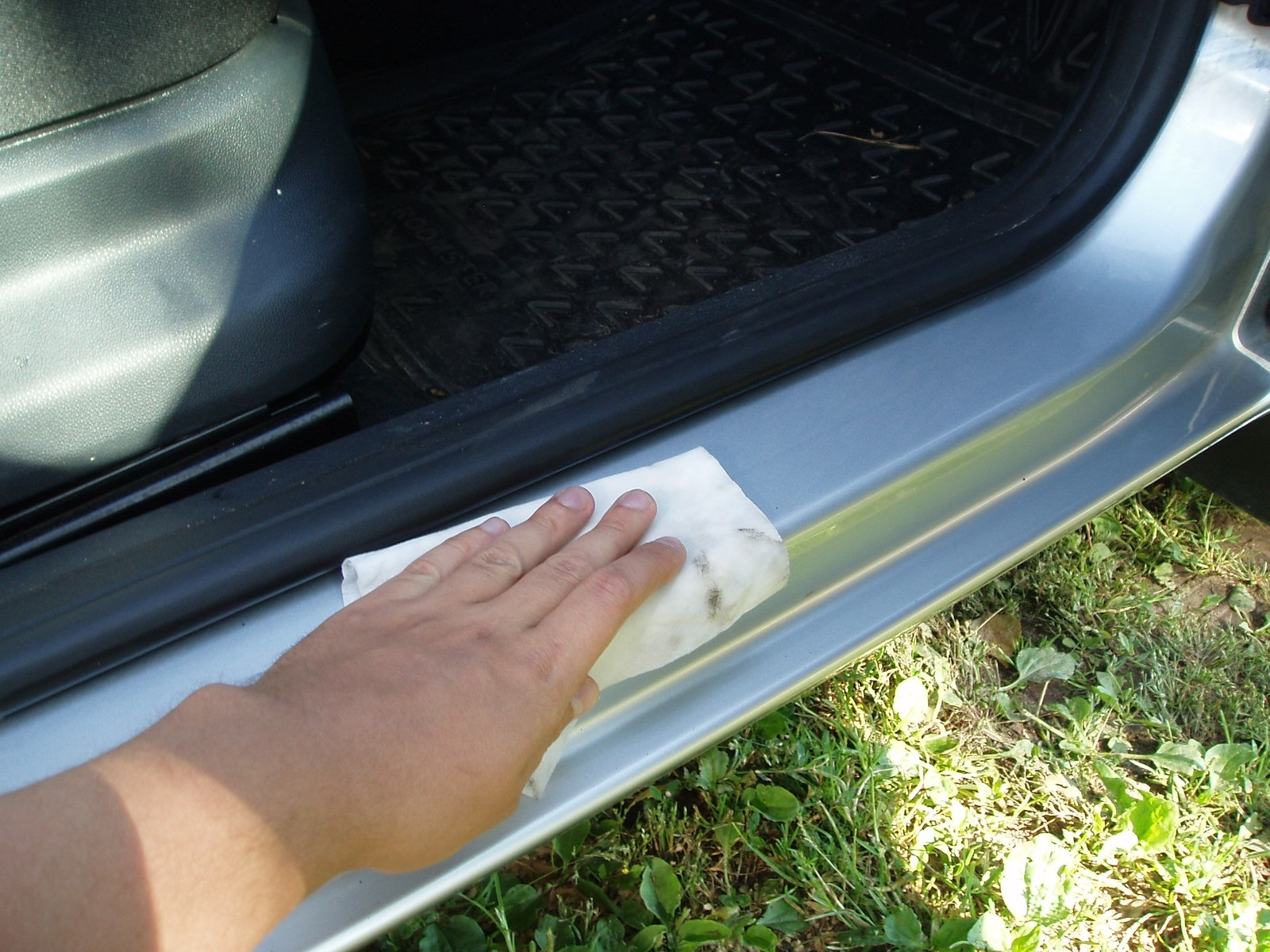 Skoda Roomster - Sill cover - 02